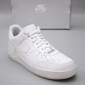 Nike Men's 11.5 Air Force 1 '07 AF1 Triple White Tennis Low Sneakers 315122-111